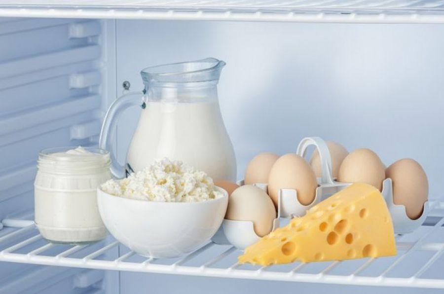 Творог в холодильнике
