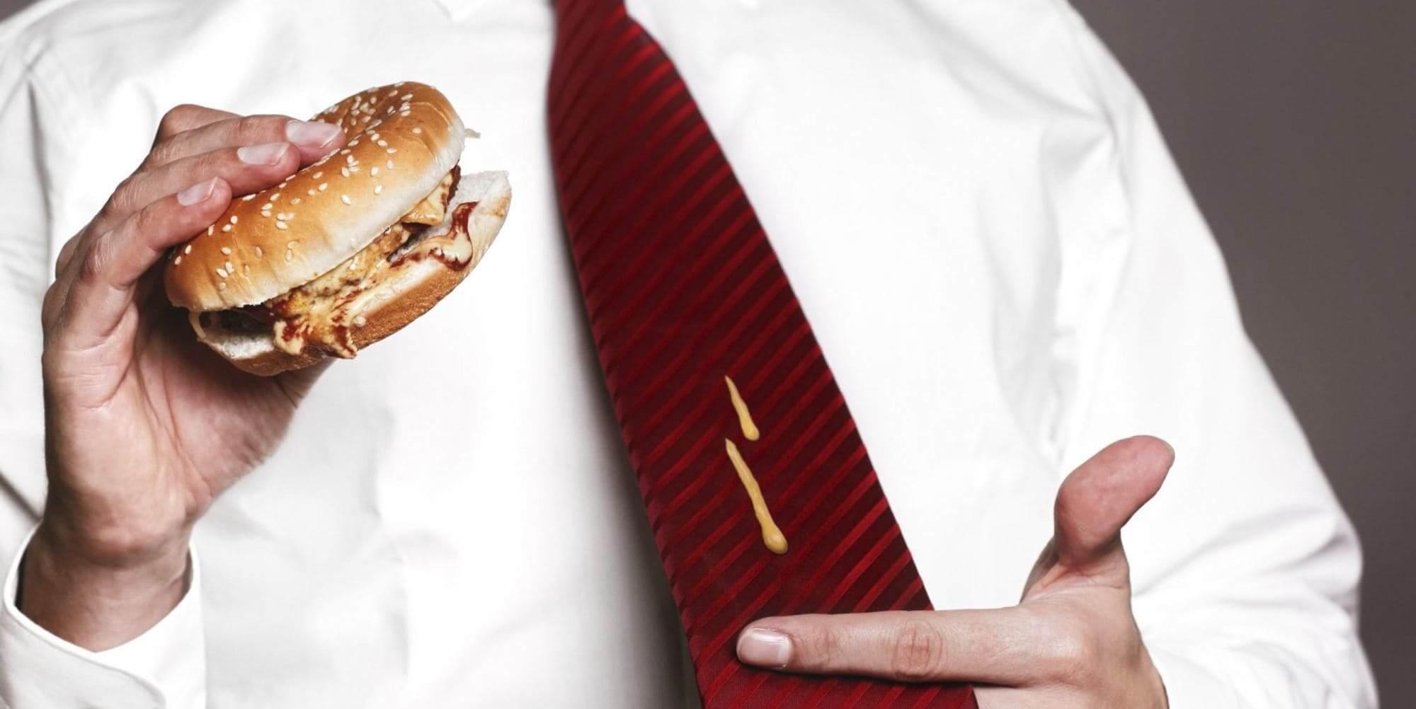Отстирать галстук от пятен