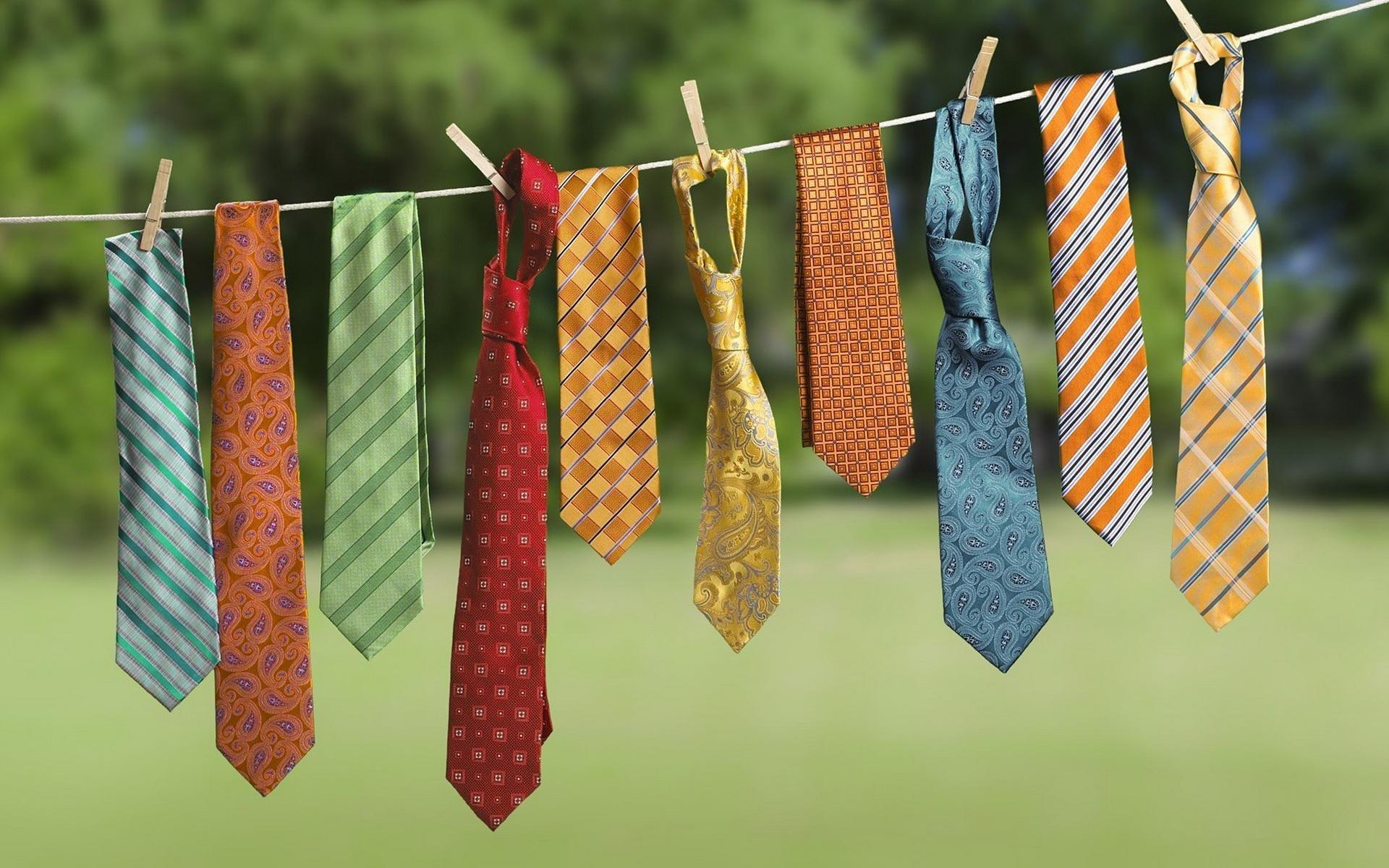 Постиранные галстуки