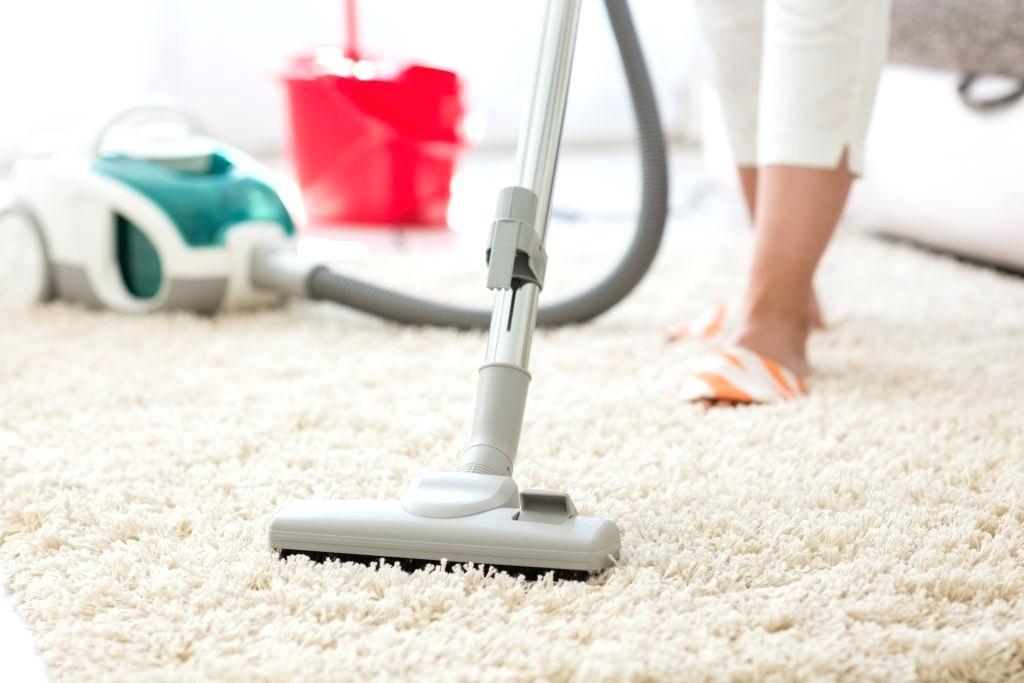 Пылесос для очистки ковра