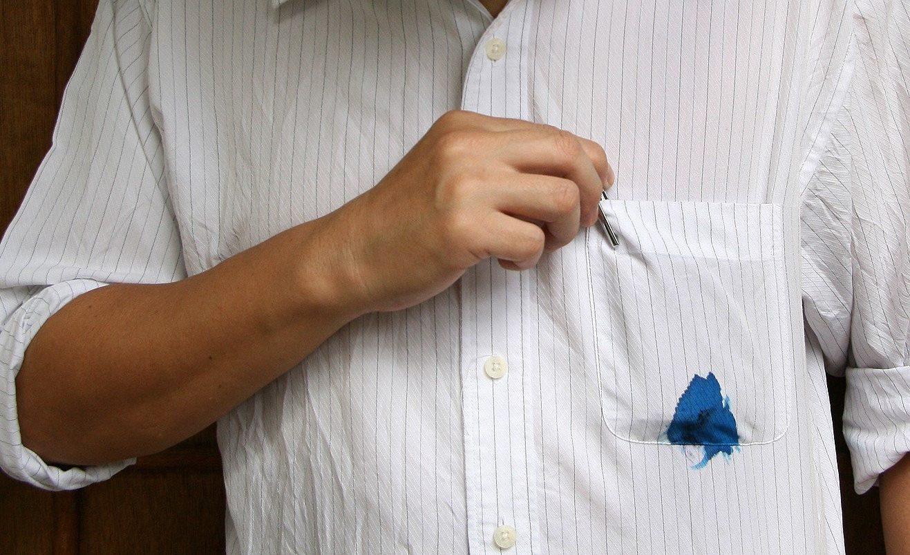 Испачканная рубашка