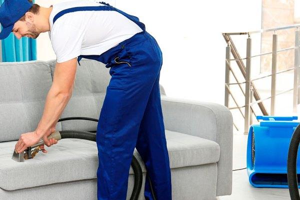 Чистка мебели профессионалами