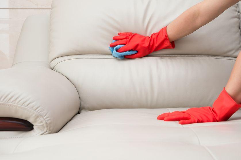 чистка велюровой мебели